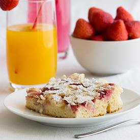 Erdbeer-Nektarinen-Blechkuchen