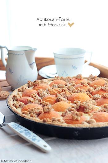 Aprikosen-Tarte mit Streuseln