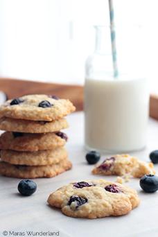 Heidelbeer--Kokos-Cookies