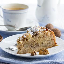 Rührkuchen mit Äpfeln & Walnüssen