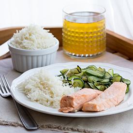 Lachs, Zucchini & Reis