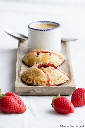 Erdbeer Hand Pies
