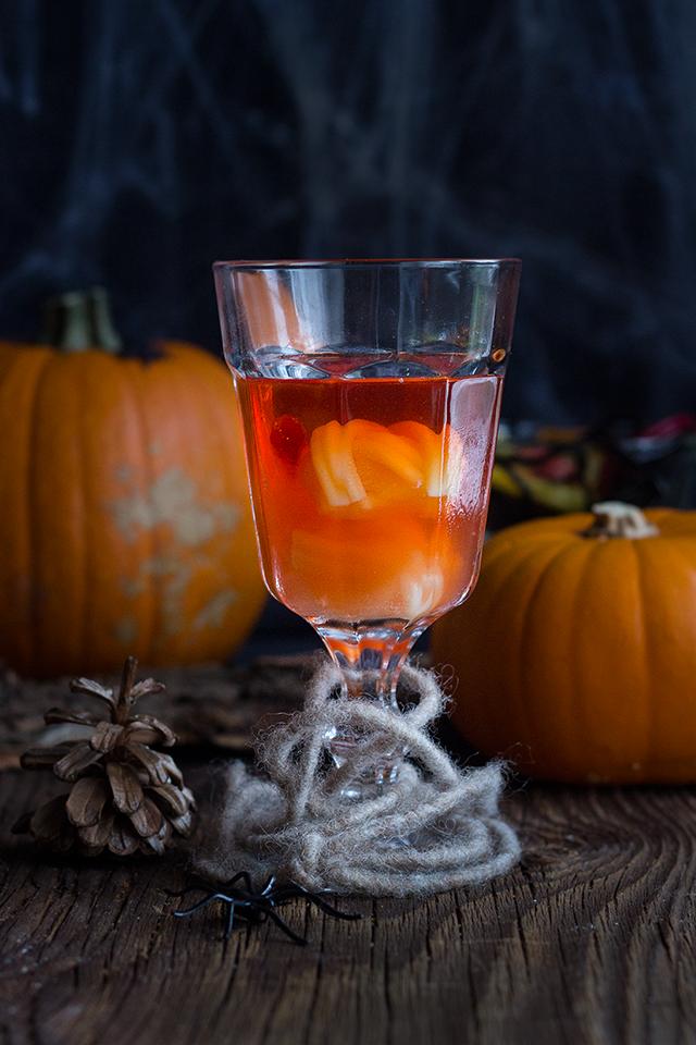 Halloween Cocktail (Negroni)