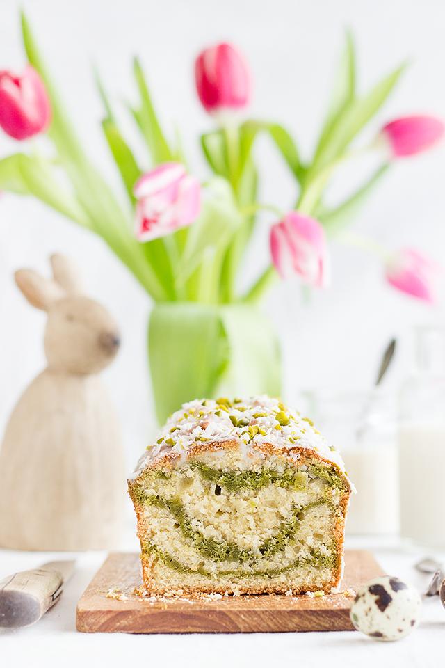 Kokos-Matcha-Kuchen