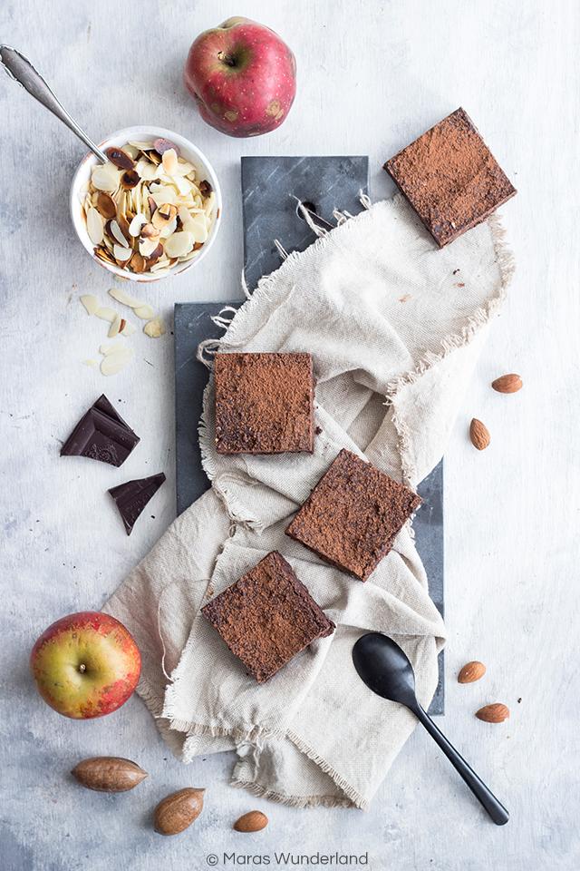 Gesunde Brownies mit Apfel, Zimt und Geheimzutat