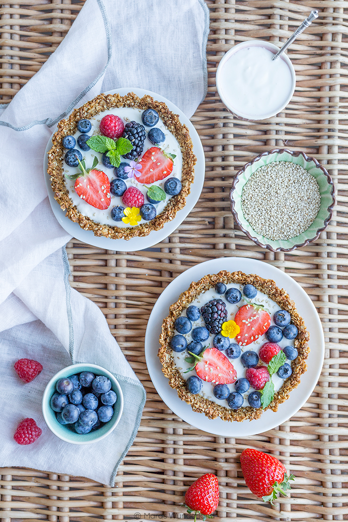 Healthy Berry Skyr Tartelettes • from Maras Wunderland