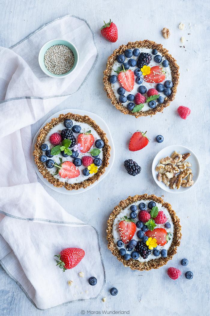 Healthy Berry Skyr Tartelettes • from Maras Wunderland