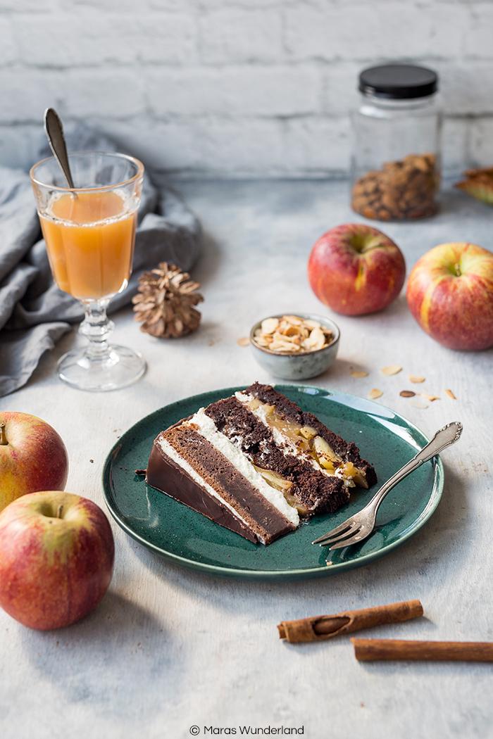 Apfel-Schokoladentorte mit Skyr-Creme