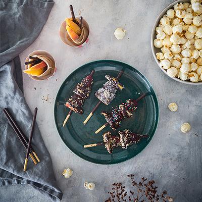 Movie Night Snacks: gefüllte Crêpes & Schoko-Frucht-Sticks