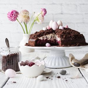 Rezept für Kirsch-Maulwurfkuchen. Der deutsche Klassiker ohne Banane und in einer gesünderen Variante. Perfekt zu Ostern. Einfach zu backen.