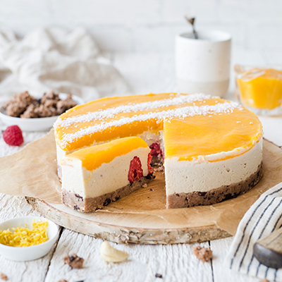 Vegan & healthy Mango Raspberry Cheesecake