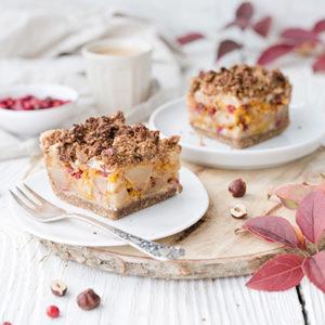 Gesünderer, herbstlicher Obst-Streuselkuchen