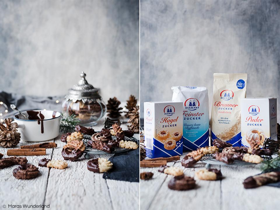 {Werbung} Rezept für meine Lieblingsplätzchen, dem Spritzgebäck, in drei Varianten: klassisch, Schoko und Espresso-Marzipan. Gebacken mit Diamant Feinster Zucker, der sich besonders gut im Teig auflöst. Schnell und einfach gemacht - ein Muss in der Weihnachtszeit. • Maras Wunderland #lieblingsplätzchen #weihnachtsplätzchen #weihnachtsbäckerei #diamanttradition #diamantzucker #maraswunderland #plätzchen #christmascookies #christmastreat #schokoplätzchen #marzipanplätzchen #marzipan #plätzchenrezept