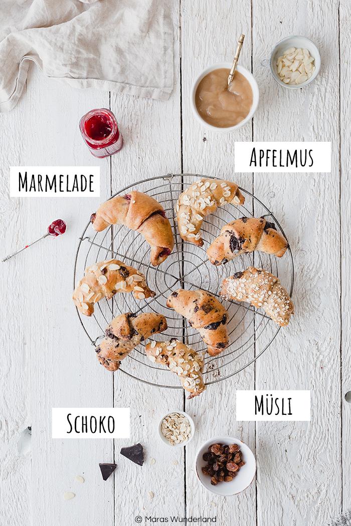 Rezept für vier verschiedene süße Frühstückshörnchen aus einem Teig: Schoko, Marmelade, Apfelmus und Müsli. Schnell und einfach gemacht. Wunderbar zum Frühstück oder als Snack. • Maras Wunderland #frühstückshörnchen #breakfastcroissants #maraswunderland #frühstück #breakfast #gesunderezepte #healthyrecipes #healthybreakfast #gesundesfrühstück