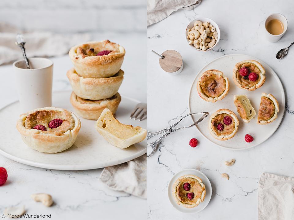 Rezept für Vegane Pastéis de Nata - dem Klassiker aus Portugal. Ein Puddinggebäck aus Blätterteig. Super easy und schnell gemacht und richtig saftig und lecker. • Maras Wunderland #pasteisdenata #portuguese #pasteis #gebäck #puddingteilchen #vegan #eatvegan #veganerezepte #veganbacken #maraswunderland #blätterteig #pasteldenata #pasteldebelem