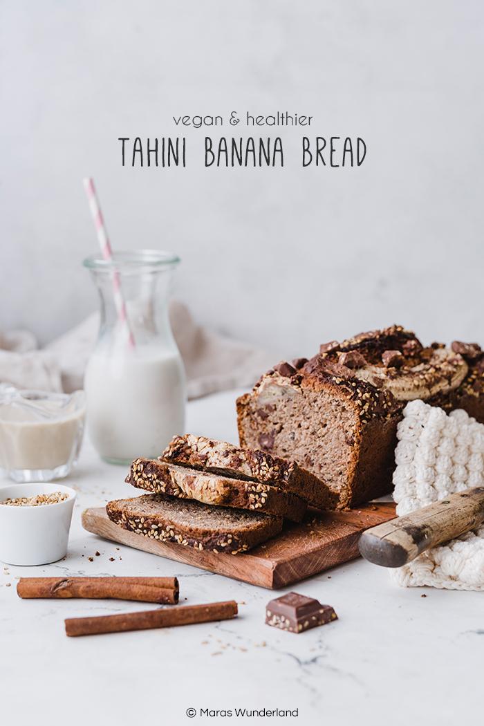 {Werbung} Rezept für gesundes, veganes Tahini Banana Bread mit Schokolade. Richtig schnell und einfach gemacht. Perfekt zum Frühstück oder zum Kaffee. • Maras Wunderland #bananabread #bananenbrot #bananachocolate #maraswunderland #vegancake #veganbacken #veganerkuchen #veganerezepte #veganerkuchen