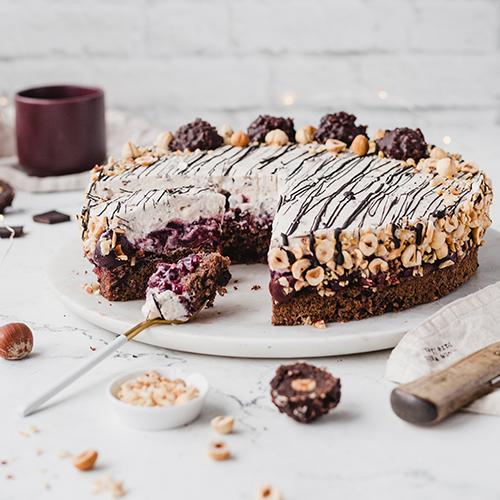 Glutenfreie Kirsch-Nuss-Torte