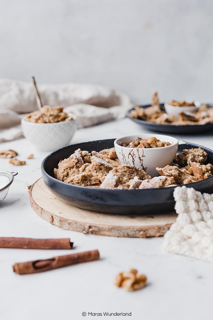 Rezept für glutenfreien und gesunden Kaiserschmarren mit Apfelkompott. Schnell und einfach gemacht. Super Snack, Frühstück oder Desser. • Maras Wunderland #kaiserschmarren #breakfast #dessert #nachtisch #maraswunderland #apfelkompott