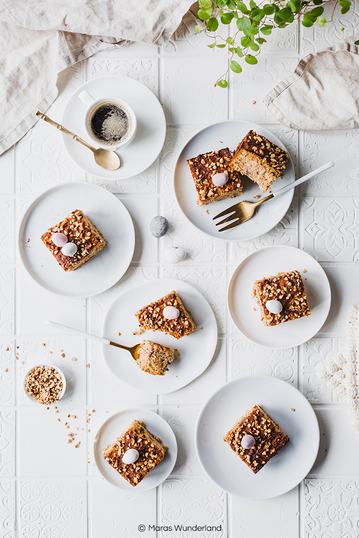Rezept für gesunden Karottenkuchen. Artgerecht, glutenfrei und paleo. Super saftig und lecker. Perfekt für jeden Anlass - besonders zu Ostern. • Maras Wunderland #karottenkuchen #carrotcake #maraswunderland #artgerecht #gesundbacken #healthyrecipe #gesundesostern #osterrezepte #glutenfrei #glutenfreierezepte