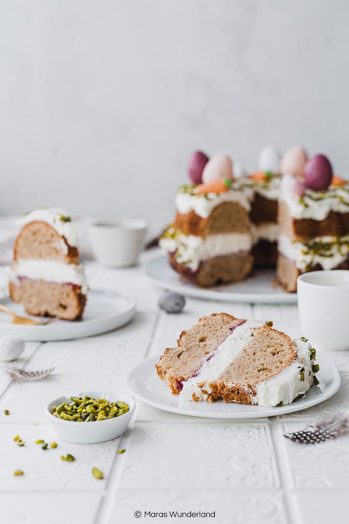 Gesünderer Osterkranz. Ein einfaches Rezept für einen saftigen Rührkuchen, der perfekt zu Ostern passt. • Maras Wunderland #osterkuchen #eastercake #ostern #osterkranz #rührkuchen #gesundbacken #healthycake #gesunderkuchen #frankfurterkranz