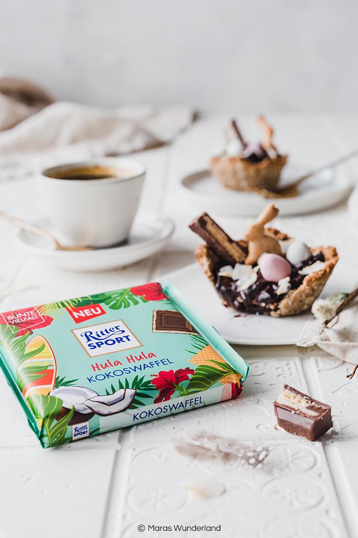 {Werbung} Gesunde Kokos-Schoko-Tartelettes - mit veganer, glutenfreier Option. Ein schnelles und einfaches Rezept für einen leckeren, schokoladigen Snack. Perfekt auch für den Osterbrunch. • Maras Wunderland #gesundbacken #gesunderezepte #maraswunderland #osterbrunch #osterrezept #schokolade #veganerezepte #veganbacken #vegan #glutenfree #glutenfrei #gesundersnack #healthysnack