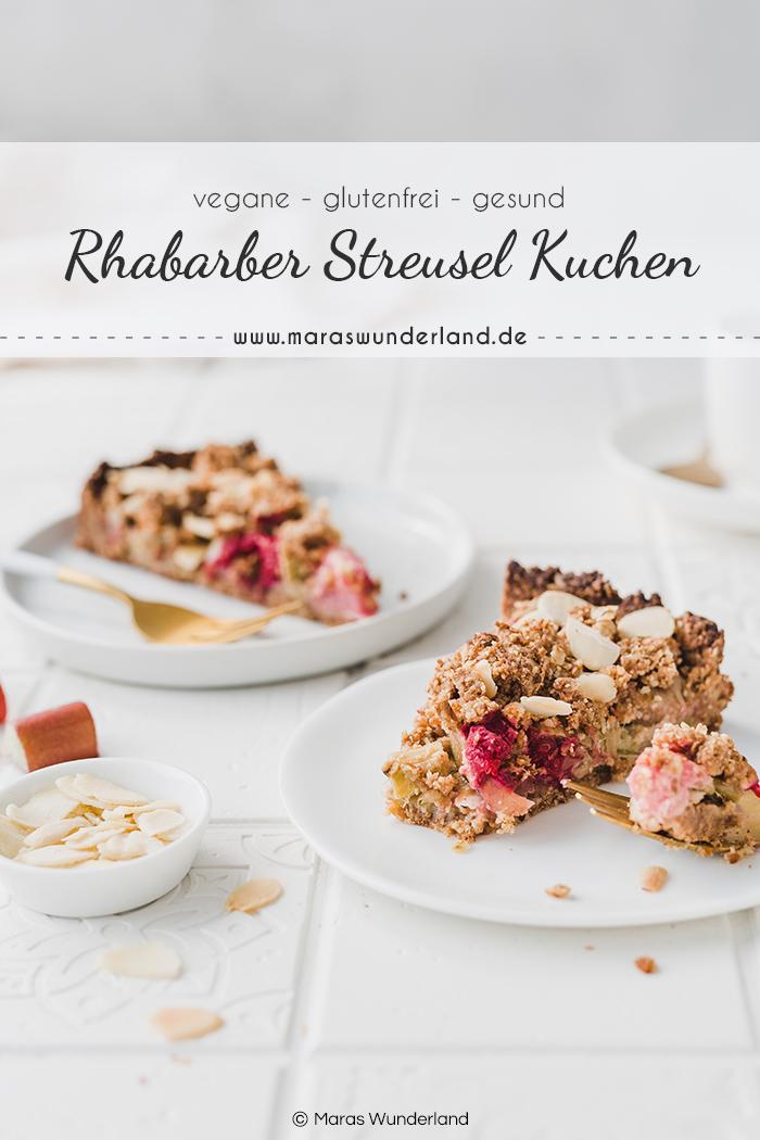 Glutenfreier, veganer Kuchen mit Rhabarber und Streuseln. Ein einfaches und schnelles Rezept für einen gesunden Kuchen, der perfekt in den Frühling passt. • Maras Wunderland #rhabarberkuchen #rhubarbcake #streuselkuchen #gesundbacken #gesunderezepte #gesunderkuchen #healthycake #vegan #glutenfrei #veganerkuchen #veganbacken #vegancake