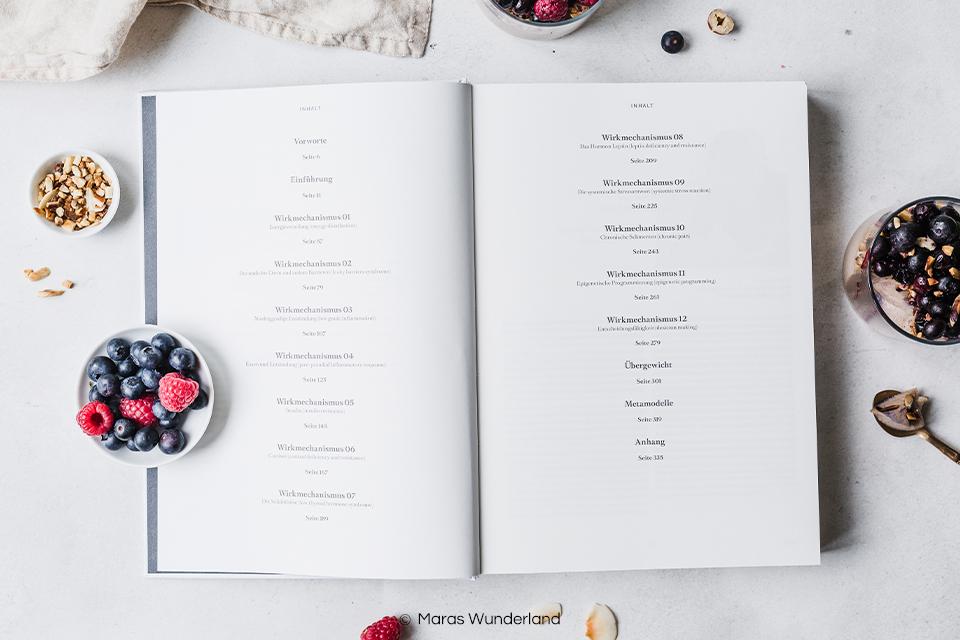 """Artgerechter und glutenfreier Kokos-Pudding mit Kardamom und Zimt aus dem Buch """"Werde Wieder Mensch"""". Ohne raffinierten Zucker, mit nur wenig Honig. Dazu richtig schnell und einfach gemacht. • Maras Wunderland #dessert #nachtisch #kokospudding"""