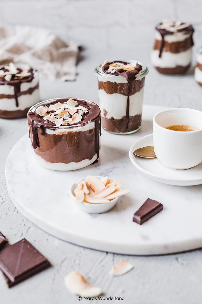 Veganes Bounty-Dessert ohne Zucker. Gesund, glutenfrei und RE'SET geeignet. In weniger als 20 Minuten fertig. • Maras Wunderland #dessert #nachtisch #vegan #sugarfree #reset