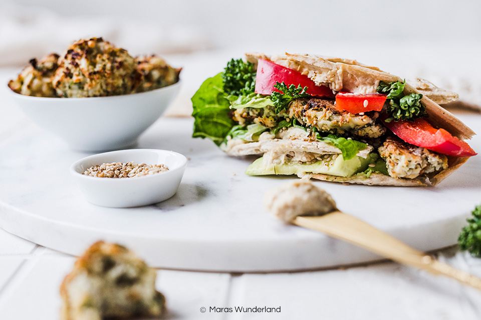 Vegane Lower Carb Wraps. Schnell und einfach gemacht auf nur wenige Zutaten. • Maras Wunderland #vegan #snack #wraps #lowcarb