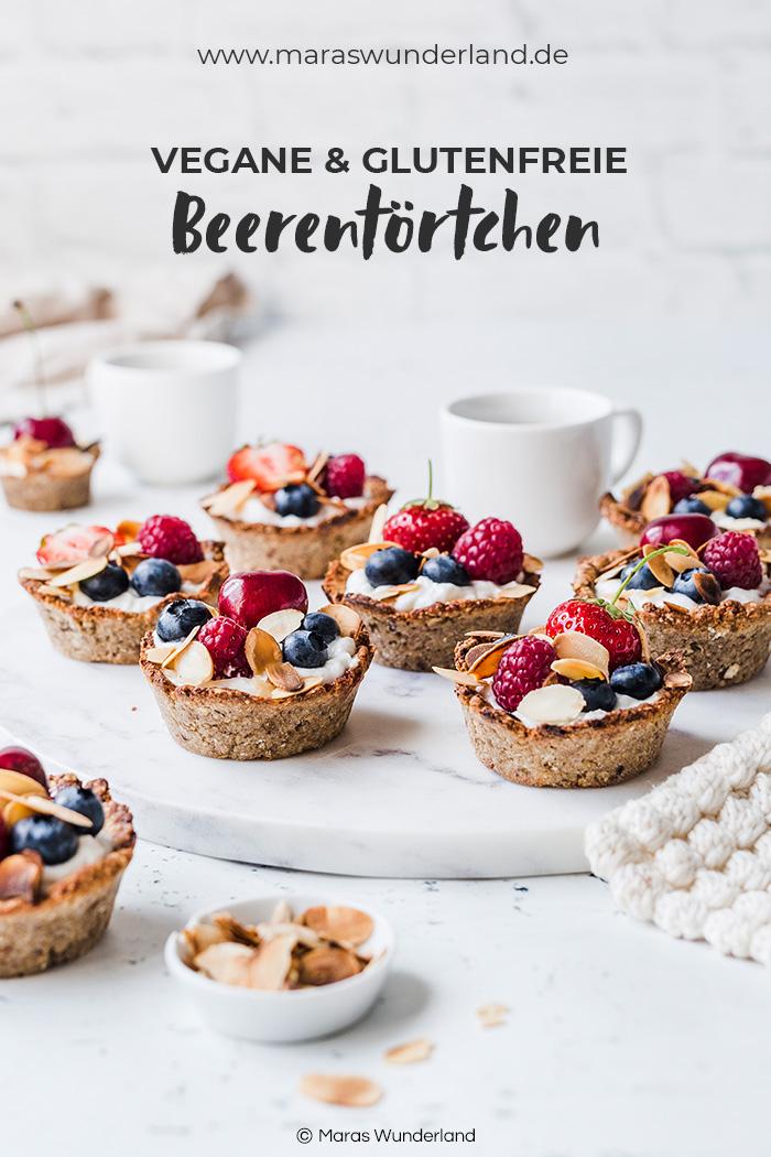 Glutenfeie + vegane Beerentörtchen. Einfach gemacht, gesund und das perfekte Süß für die Gartenparty. • Maras Wunderland