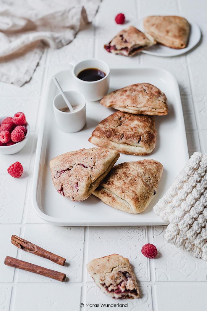 Vegane Quarkfächer mit Himbeeren und Schokolade. Gesund, einfach und schnell gemacht und super lecker. • Maras Wunderland