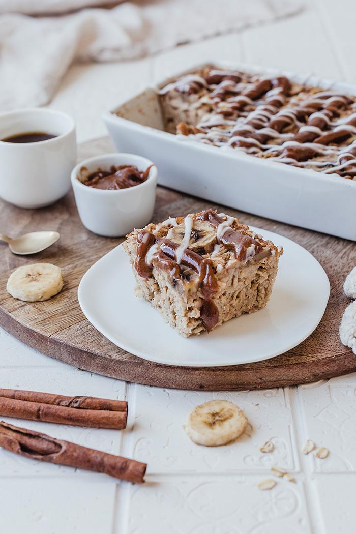 Veganes Cinnamon Baked Oatmeal mit Banane. Gesund, glutenfrei und unglaublick lecker. Soulfood pur. • Maras Wunderland #vegan #glutenfrei #glutenfree #veganbreakfast #frühstück #breakfast #gesund
